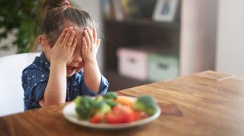 Kind mag kein Obst und Gemüse