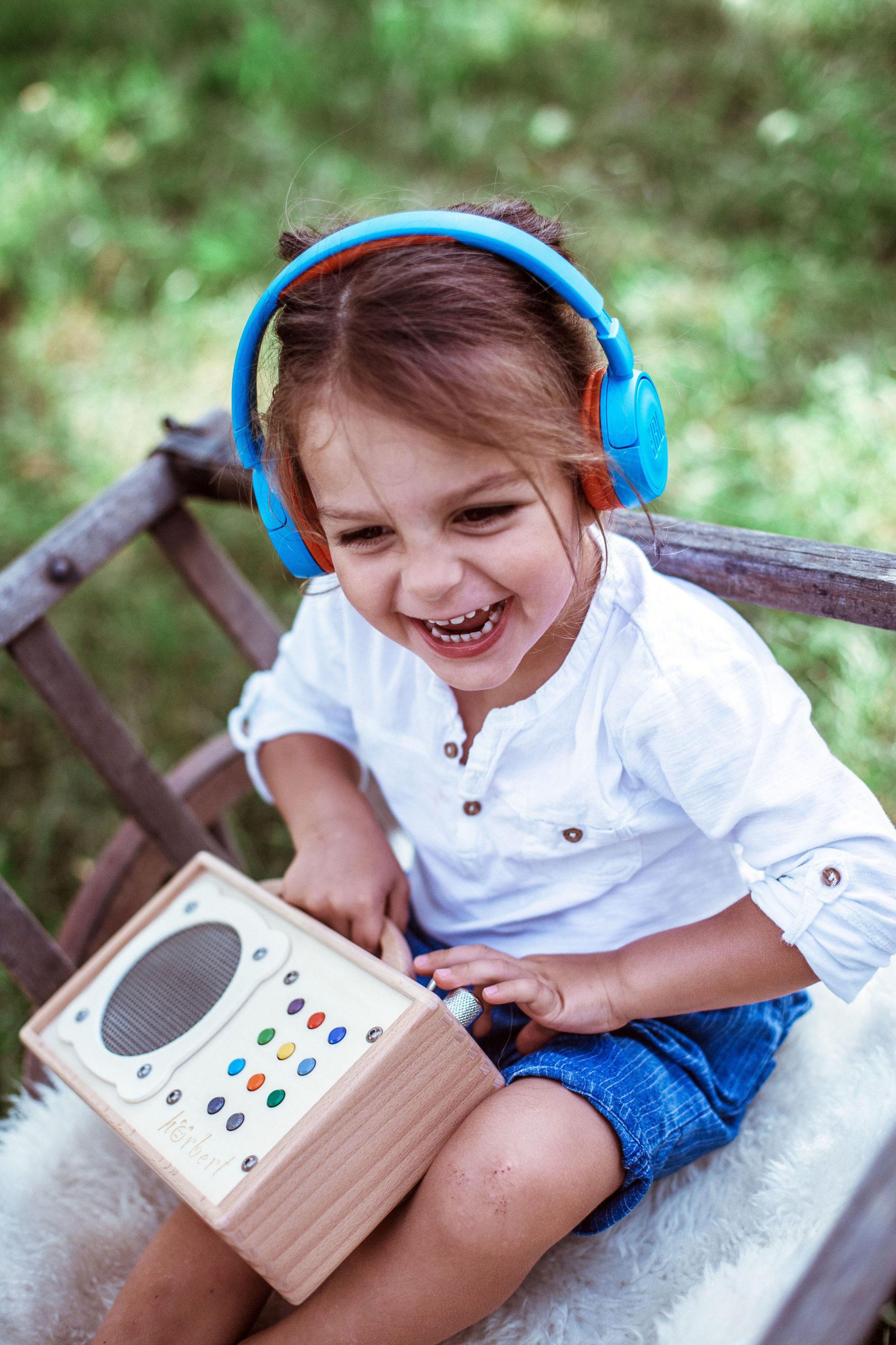 MP3-Player aus Holz für Kinder